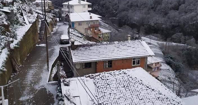 Güneyce Köyünde Sular Akmıyor
