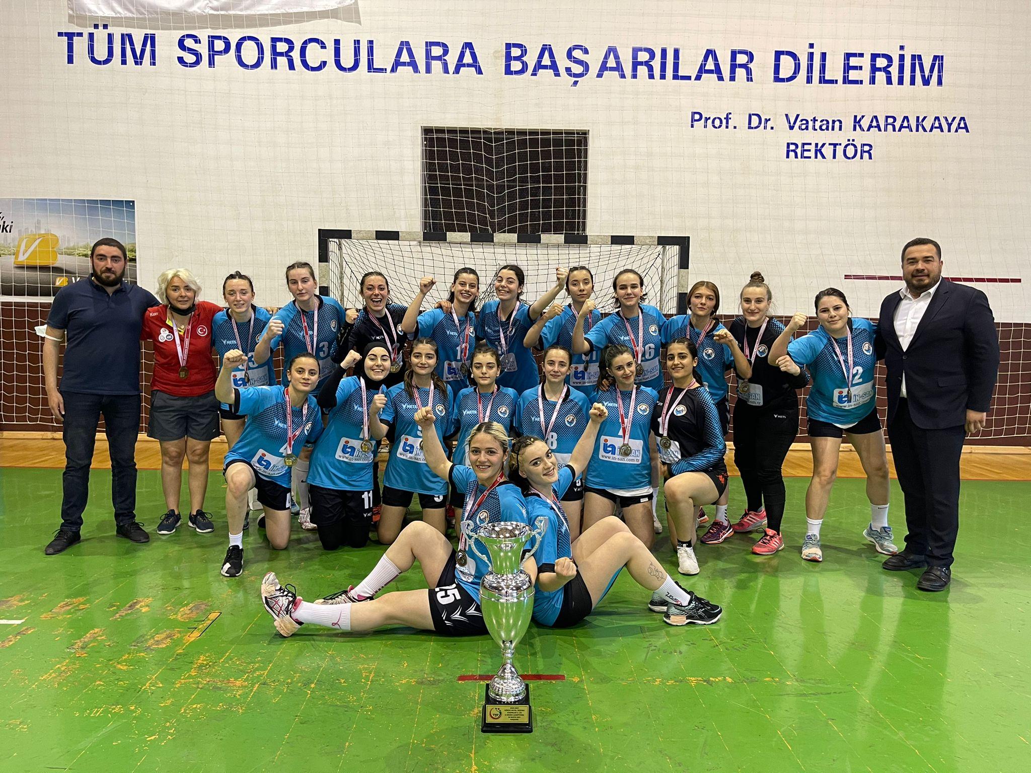 Olimpik Pazar Spor Kulübü Hentbol Takımı 1.Lige Çıktı
