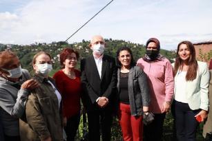 CHP Genel Başkanı Kemal Kılıçdaroğlu, Rize'de çay üreticileriyle buluştu